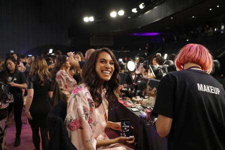backstage victoria secret angeles shanghai 2017 desfile