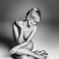 Sharon Stone Se Desnuda