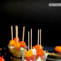 Tacos de atún marinado al tomillo y limón. Receta saludable