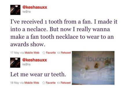 Ke$ha y su collar de dientes