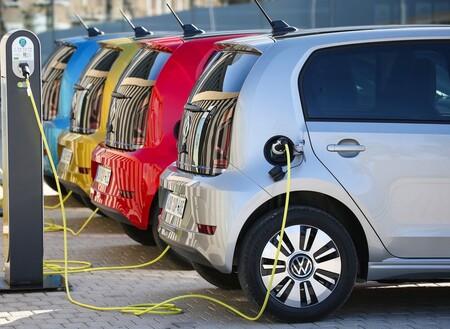Las causas más comunes que generan los incendios en autos eléctricos