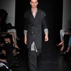 Foto 10 de 13 de la galería yves-saint-laurent-primavera-verano-2010-en-la-semana-de-la-moda-de-paris en Trendencias Hombre