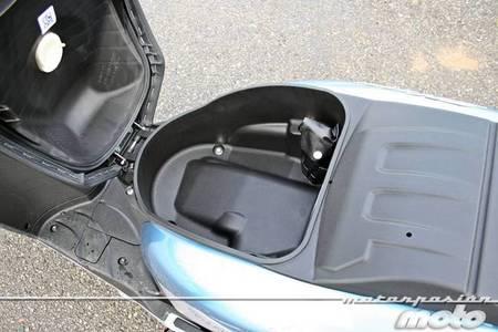 Honda Scoopy SH300i