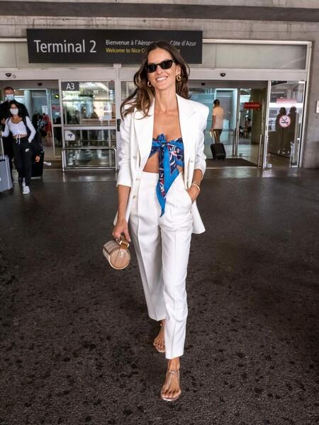 Izabel Goulart Etro July 6 Cannes