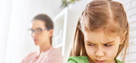 """""""Ella no le debe un abrazo a nadie, ni siquiera en Navidad"""", el mensaje de las Girls Scouts a los padres"""