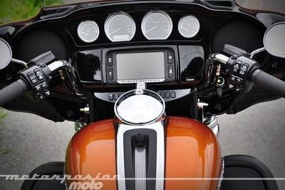 Harley-Davidson Ultra Limited FLHTK, prueba (valoración, galería y ficha técnica)