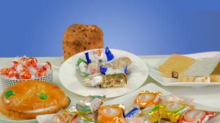 Los dulces más típicos de la Navidad ordenados nutricionalmente del peor al menos malo