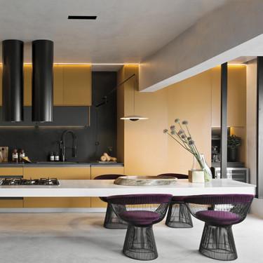 Una isla central sostenida desde el techo, la apuesta original y creativa que hace de la Dijon Kitchen una cocina fuera de serie