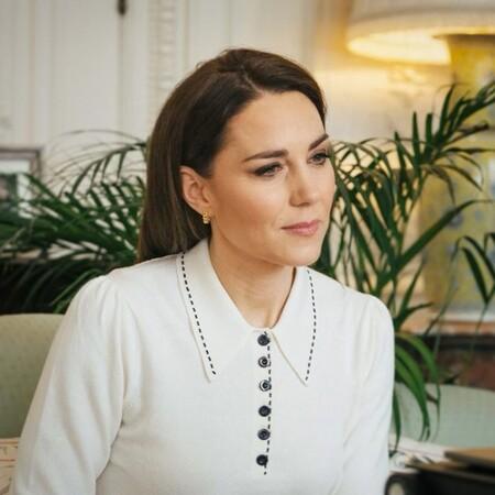Kate Middleton nos deja un estupendo look primaveral con un toque retro en su última aparición