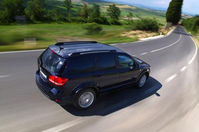 Llega el Fiat Freemont AWD, para triscar por los Apeninos