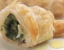Croissants caseros rellenos con espinacas