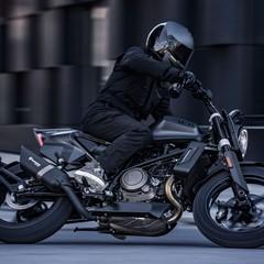 Foto 10 de 36 de la galería husqvarna-701-svartpilen-2019 en Motorpasion Moto