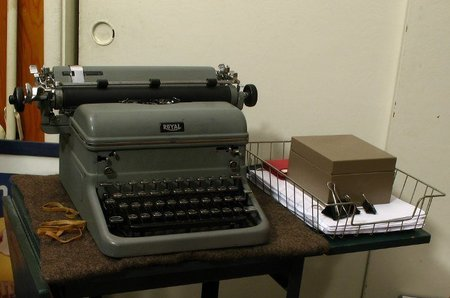 Regreso a la oficina de los años sesenta