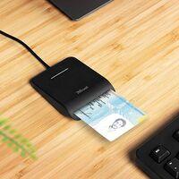 Ahorra tiempo y dinero al hacer tus trámites y gestiones por internet con este lector de DNI por menos de 8 euros