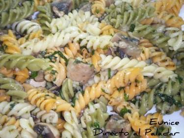 Ensalada de pasta con champiñones. Receta de ensadala de pasta