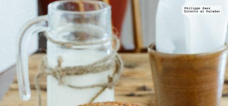 Muffins de avena y frutas rojas. Receta de postre