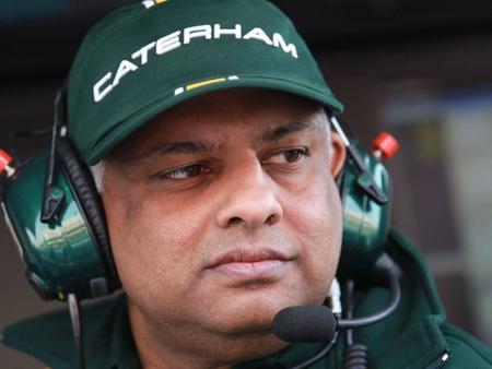 Tony Fernandes renuncia como director de Caterham