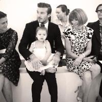 Pues ya tenemos otro motivo más para adorar a Harper Beckham: que viste a papá