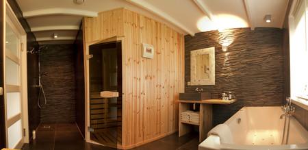 Los beneficios de relajarse en una sauna
