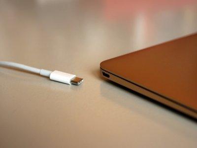 Apple comienza otro programa de reemplazo para algunos cables USB-C de los Macbook