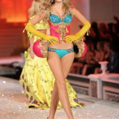Foto 28 de 57 de la galería el-desfile-victorias-secret-fashion-2011-todas-las-imagenes en Trendencias