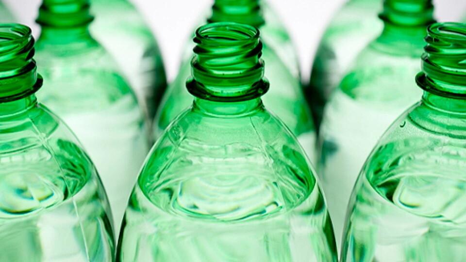 Bioplásticos más duraderos y sostenibles desarrollados aprovechando subproductos de la madera