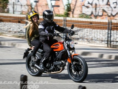 Si cambiásemos un 10% de los vehículos por motos, tu vida y la de todos sería bastante mejor