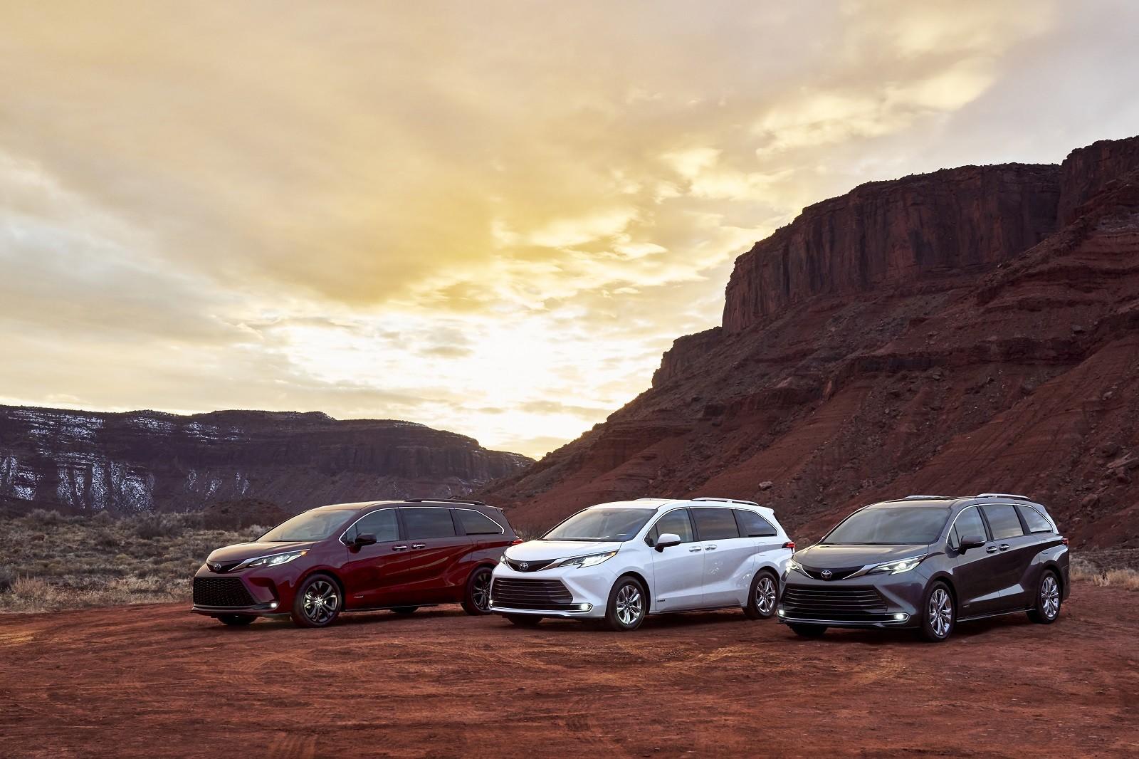 Foto de Toyota Sienna 2021 (13/30)