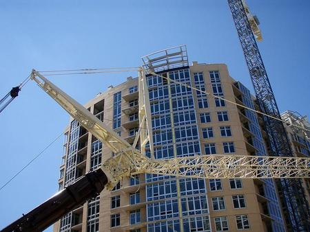 El precio de la vivienda se hunde y el mercado inmobiliario sigue a la deriva