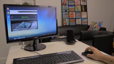Linux on Galaxy: Samsung quiere que DeX convierta tu móvil en un PC con distros GNU/Linux