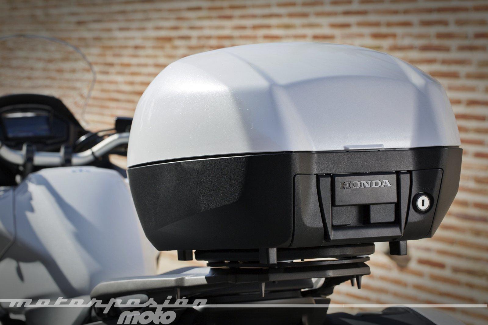 Foto de Honda VFR800X Crossrunner - Detalles (49/56)