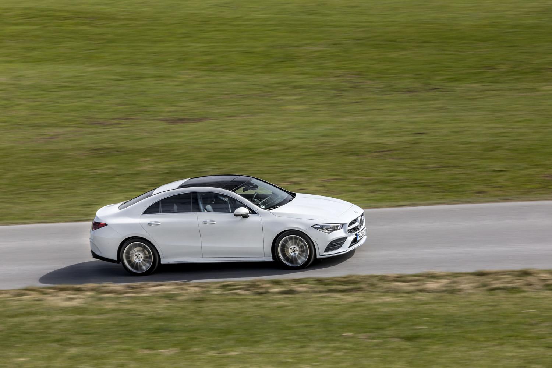 Foto de Mercedes-Benz CLA Coupé 2019, toma de contacto (100/248)