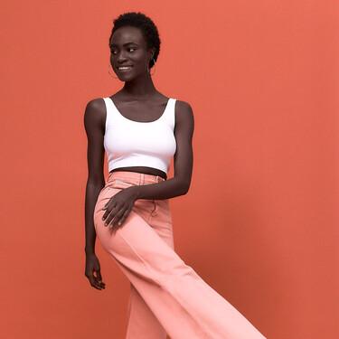 Stradivarius tiene los pantalones de colores pastel más bonitos de la temporada y en una gran variedad de fit