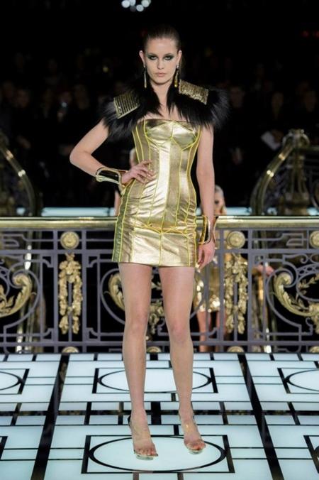 Atelier Versace Primavera-Verano 2013: el kitsch llega a la Alta Costura