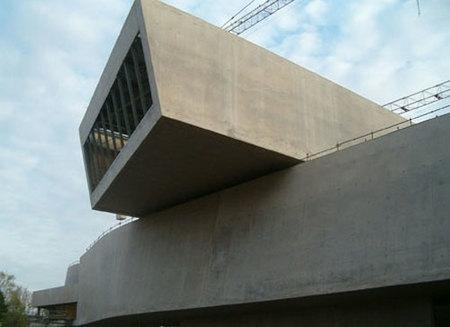 El nuevo Museo MAXXI en Roma