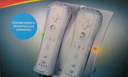 """Lo más """"in"""". El cargador por inducción para WiiMote y WiiMotion Plus"""