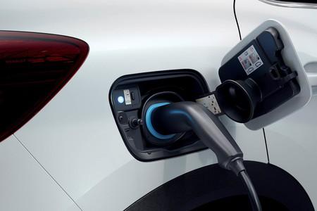 Renault Captur Cargando Coche Electrico Cargando