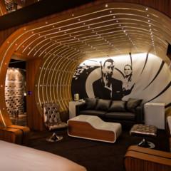 Foto 4 de 10 de la galería la-suite-007-del-hotel-seven-en-paris en Decoesfera
