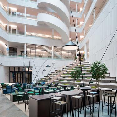 Diseño en los espacios de trabajo, así es la nueva sede de SEB Bank en Estocolmo