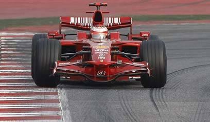 Raikkonen espera una dura batalla con McLaren en Silverstone