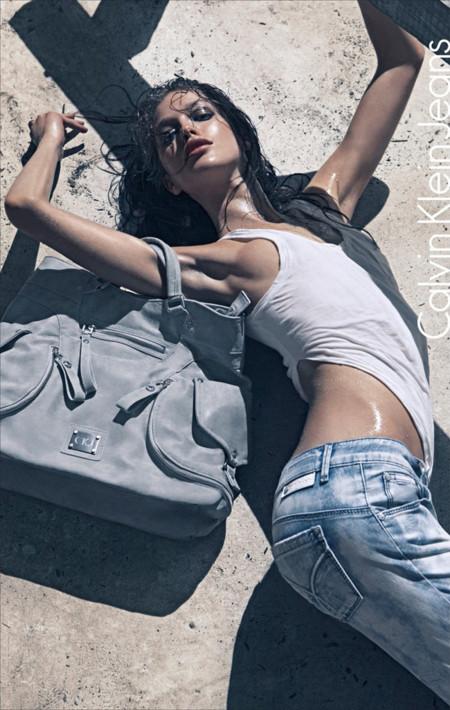 calvin klein jeans emily didonato modelo