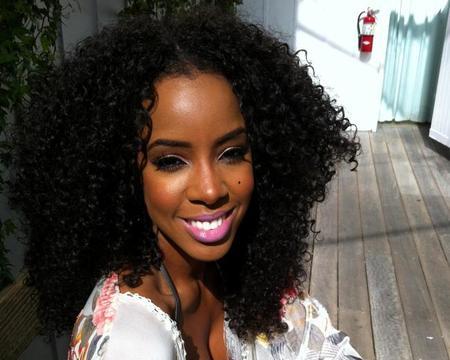 Kelly Rowland estrena vídeo con menos chulazos y más playita