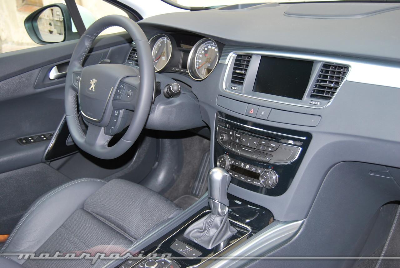 Foto de Peugeot 508 y 508 SW (presentación) (31/118)