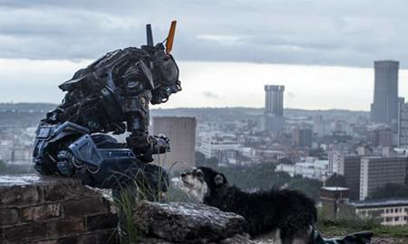 Taquilla USA: Un robot desbanca a Will Smith