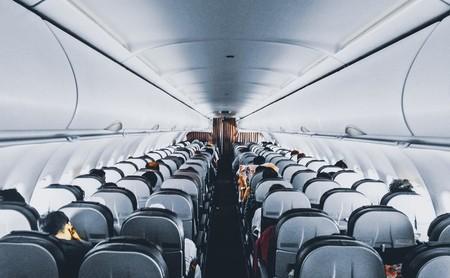 La ciencia y los datos dicen una cosa y las aerolíneas otra: este sería el embarque perfecto en un avión