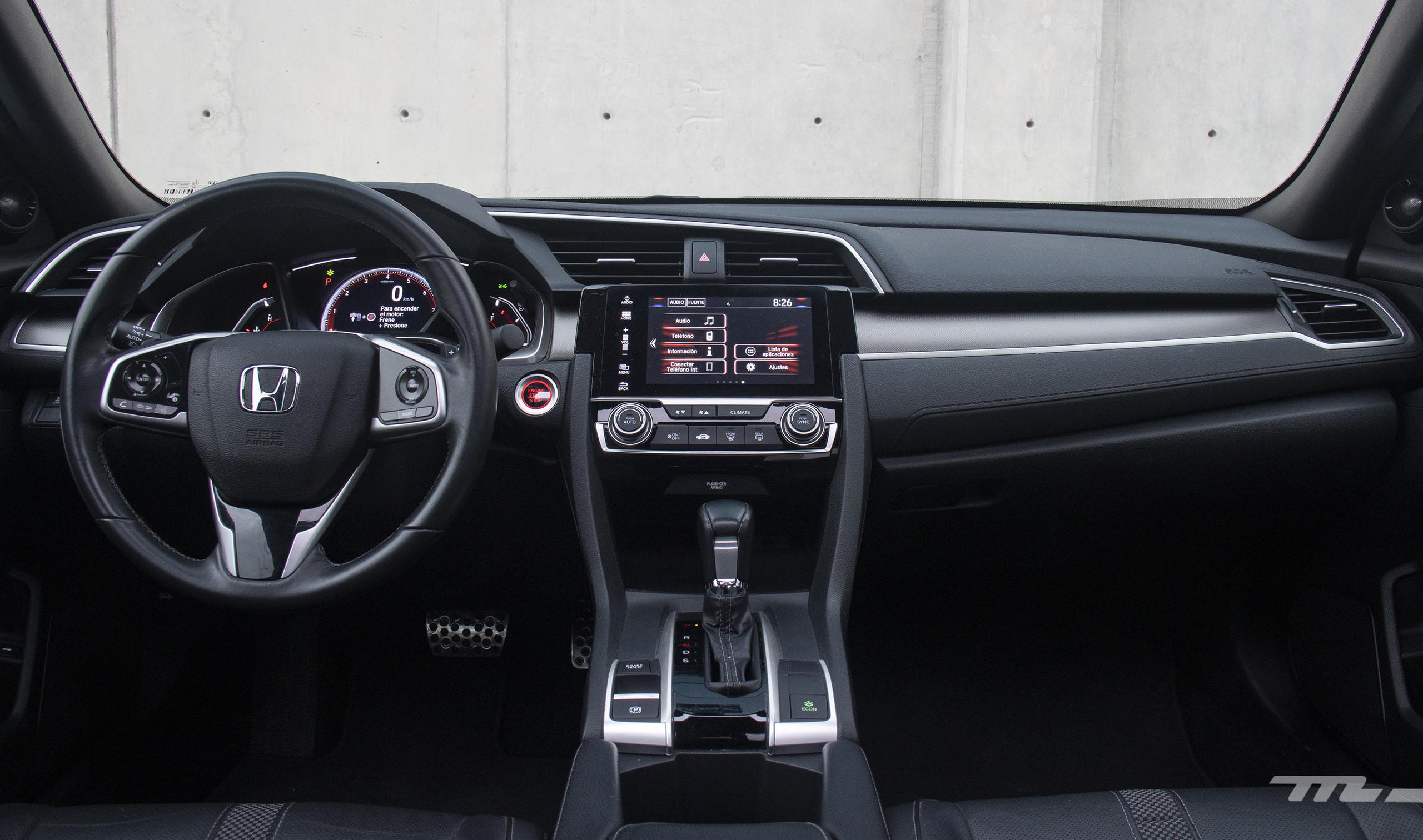 Foto de Honda Civic Coupé 2020 (50/70)