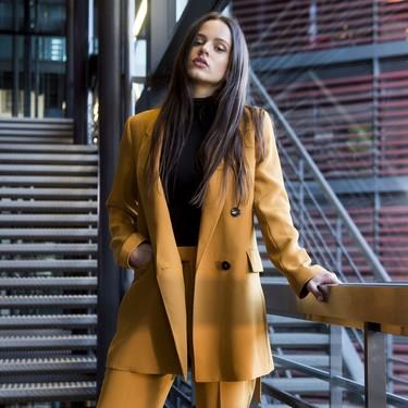Palomo Spain vestirá a Rosalía en su gira, y ya tenemos adelanto de cómo luce ella sus complicados diseños