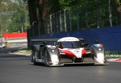 Peugeot debuta con victoria en Monza