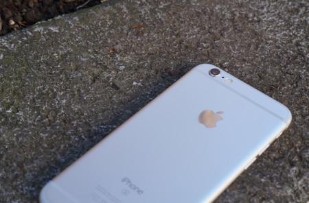 Fabricantes Android responden a la polémica: no ralentizan smartphones como Apple hace con los iPhone viejos