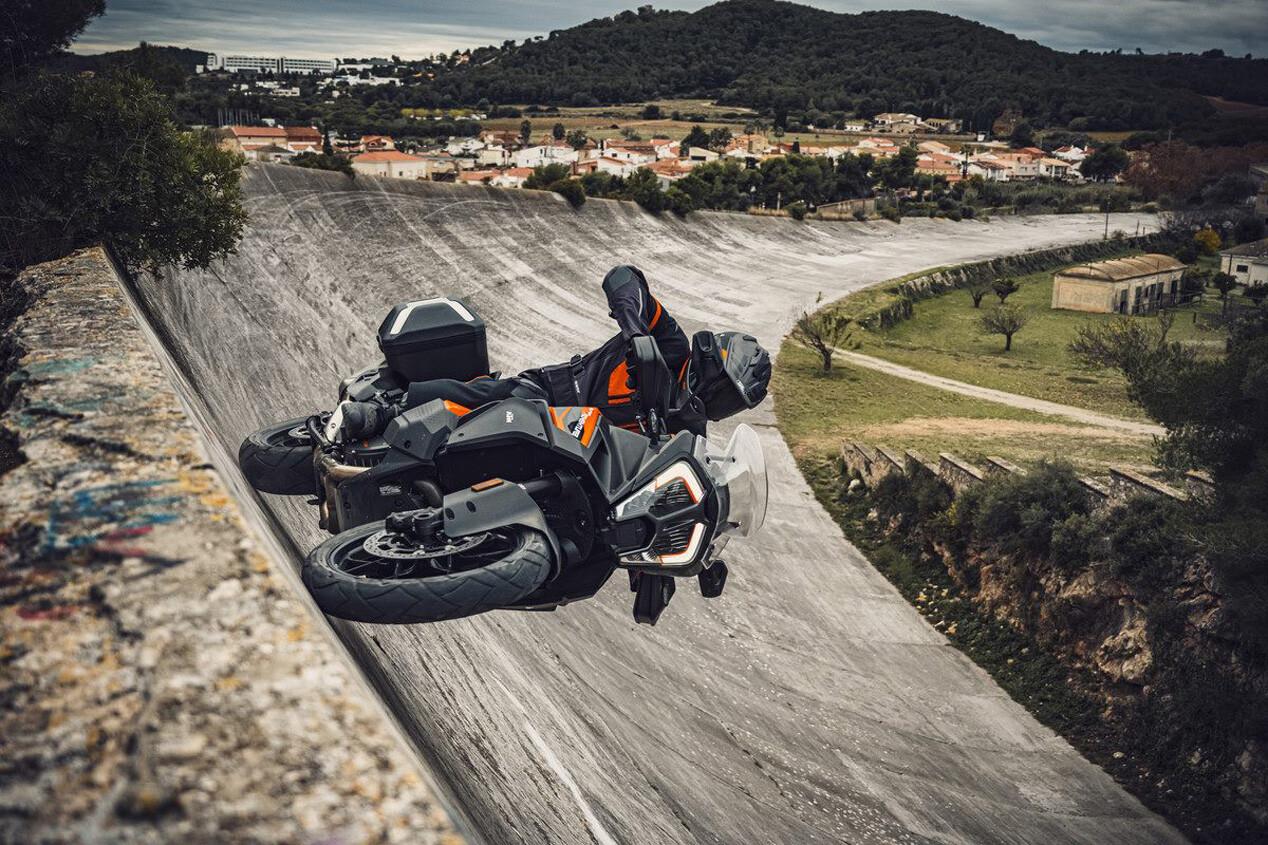 Foto de KTM 1290 Super Adventure S 2021 (1/11)